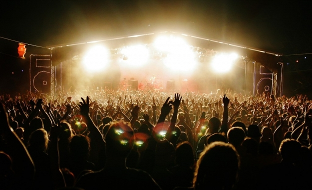 golden-plains-music-festival-stage